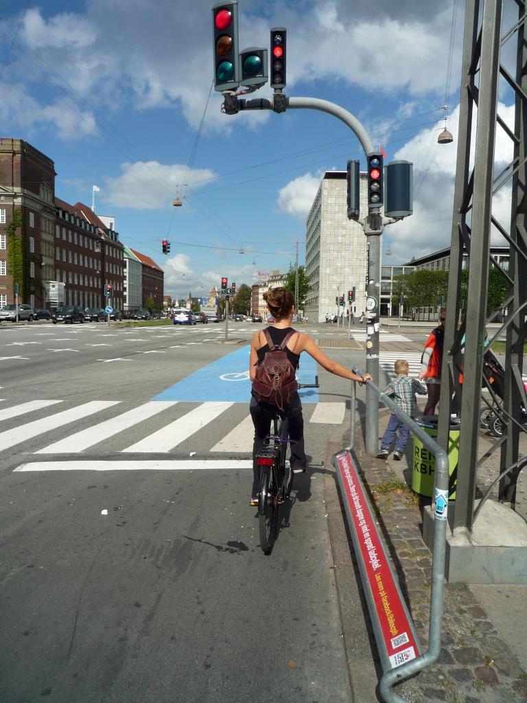 Abstützhilfe für Radfahrer an Ampel